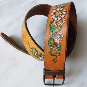 Vintage 70s Flower Leather Belt